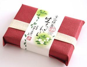 伊藤久右衛門の抹茶生チョコのホワイトデー限定の「紅色」のパッケージ