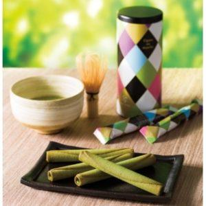 ヨックモックの新緑の季節限定の「お抹茶シガール」