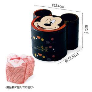 ベルメゾンのディズニーおせちミッキー&ミニーの三段重は風呂敷に包んでお届けです